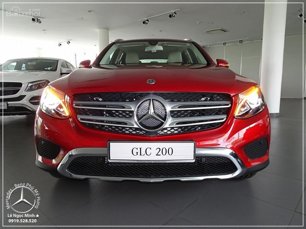 Bán Mercedes Benz GLC 200 2019 - SUV 5 chỗ - Hỗ trợ ngân hàng 80%, đưa trước 550 triệu nhận xe. LH: 0919 528 520-1