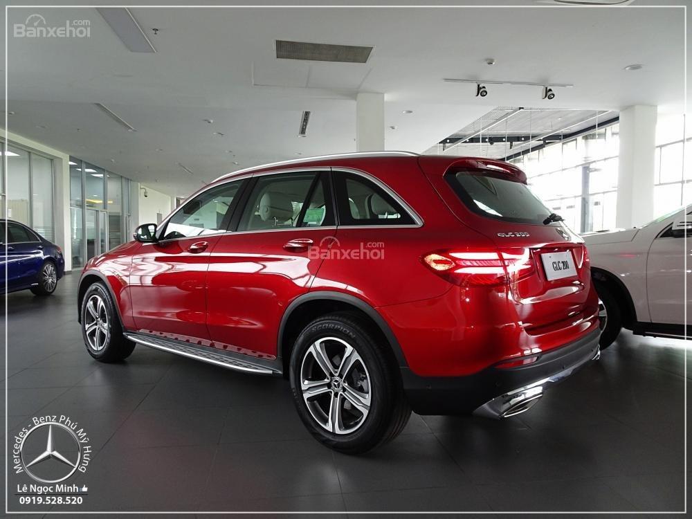 Bán Mercedes Benz GLC 200 2019 - SUV 5 chỗ - Hỗ trợ ngân hàng 80%, đưa trước 550 triệu nhận xe. LH: 0919 528 520-6
