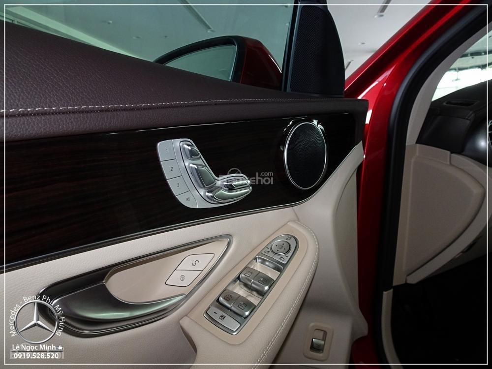 Bán Mercedes Benz GLC 200 2019 - SUV 5 chỗ - Hỗ trợ ngân hàng 80%, đưa trước 550 triệu nhận xe. LH: 0919 528 520-10