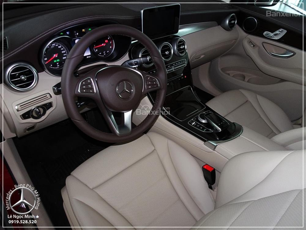 Bán Mercedes Benz GLC 200 2019 - SUV 5 chỗ - Hỗ trợ ngân hàng 80%, đưa trước 550 triệu nhận xe. LH: 0919 528 520-15
