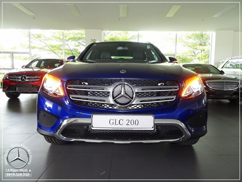 Bán Mercedes Benz GLC 200 2019 - SUV 5 chỗ - Hỗ trợ ngân hàng 80%, KM đặc biệt trong tháng - LH: 0919 528 520-1