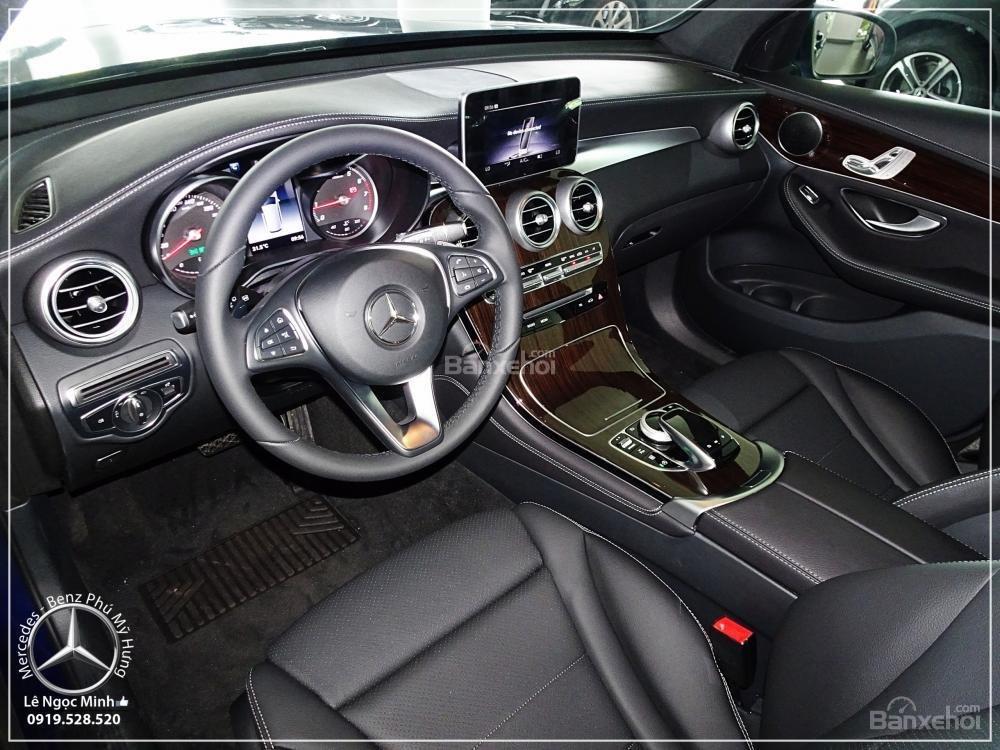 Bán Mercedes Benz GLC 200 2019 - SUV 5 chỗ - Hỗ trợ ngân hàng 80%, KM đặc biệt trong tháng - LH: 0919 528 520-2