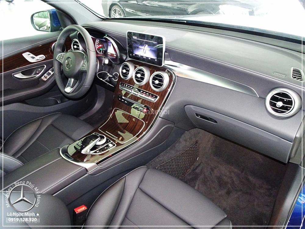 Bán Mercedes Benz GLC 200 2019 - SUV 5 chỗ - Hỗ trợ ngân hàng 80%, KM đặc biệt trong tháng - LH: 0919 528 520-4