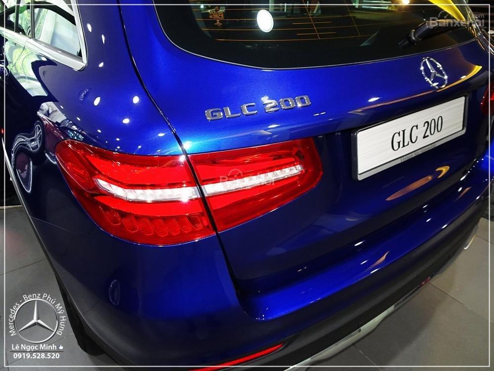 Bán Mercedes Benz GLC 200 2019 - SUV 5 chỗ - Hỗ trợ ngân hàng 80%, KM đặc biệt trong tháng - LH: 0919 528 520-7