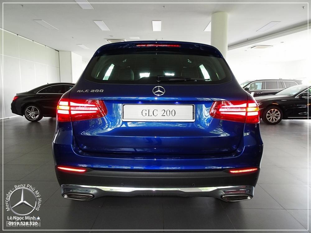 Bán Mercedes Benz GLC 200 2019 - SUV 5 chỗ - Hỗ trợ ngân hàng 80%, KM đặc biệt trong tháng - LH: 0919 528 520-8