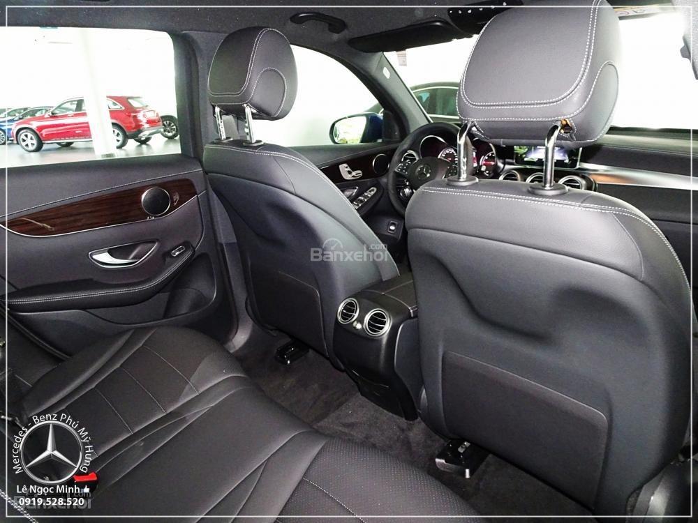 Bán Mercedes Benz GLC 200 2019 - SUV 5 chỗ - Hỗ trợ ngân hàng 80%, KM đặc biệt trong tháng - LH: 0919 528 520-9