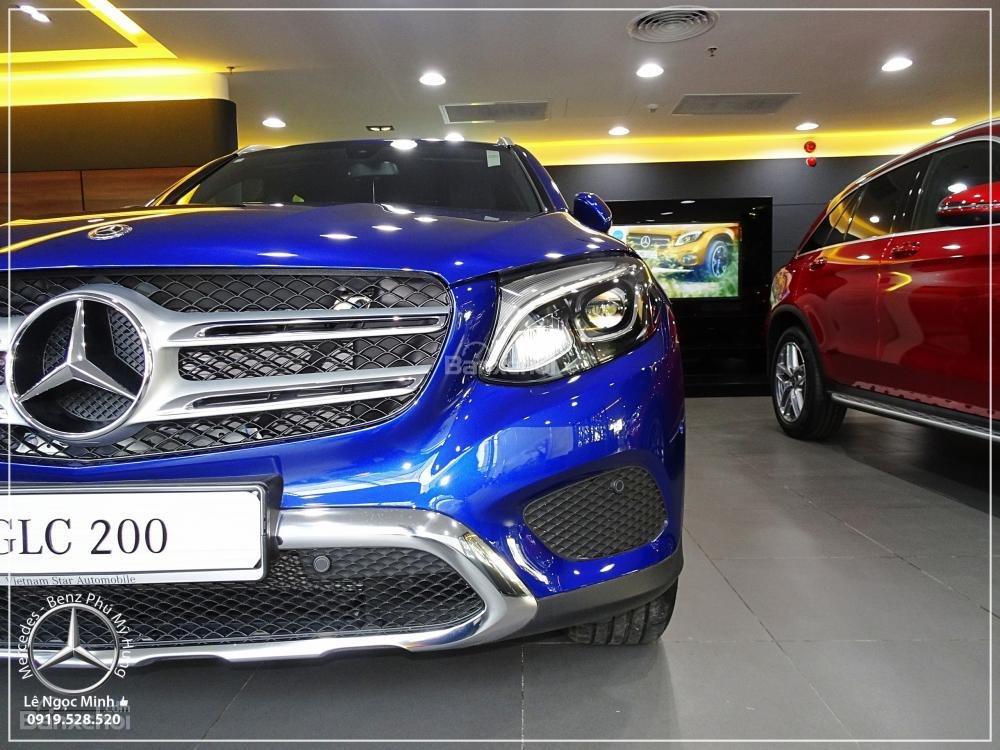 Bán Mercedes Benz GLC 200 2019 - SUV 5 chỗ - Hỗ trợ ngân hàng 80%, KM đặc biệt trong tháng - LH: 0919 528 520-18