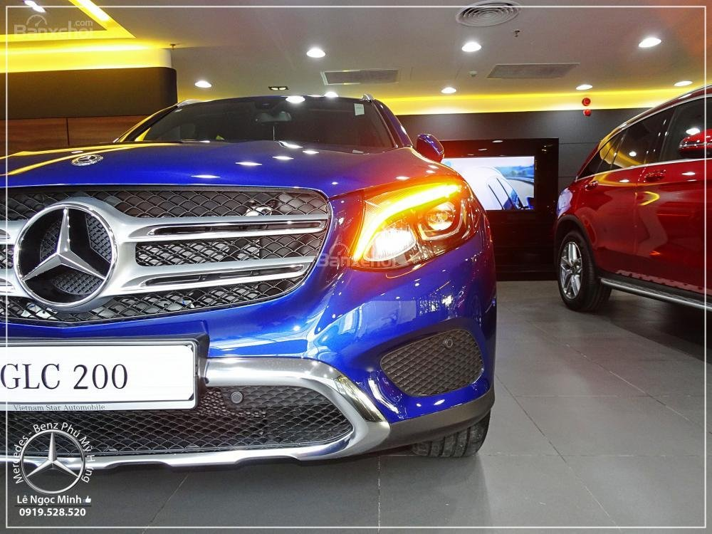 Bán Mercedes Benz GLC 200 2019 - SUV 5 chỗ - Hỗ trợ ngân hàng 80%, KM đặc biệt trong tháng - LH: 0919 528 520-19