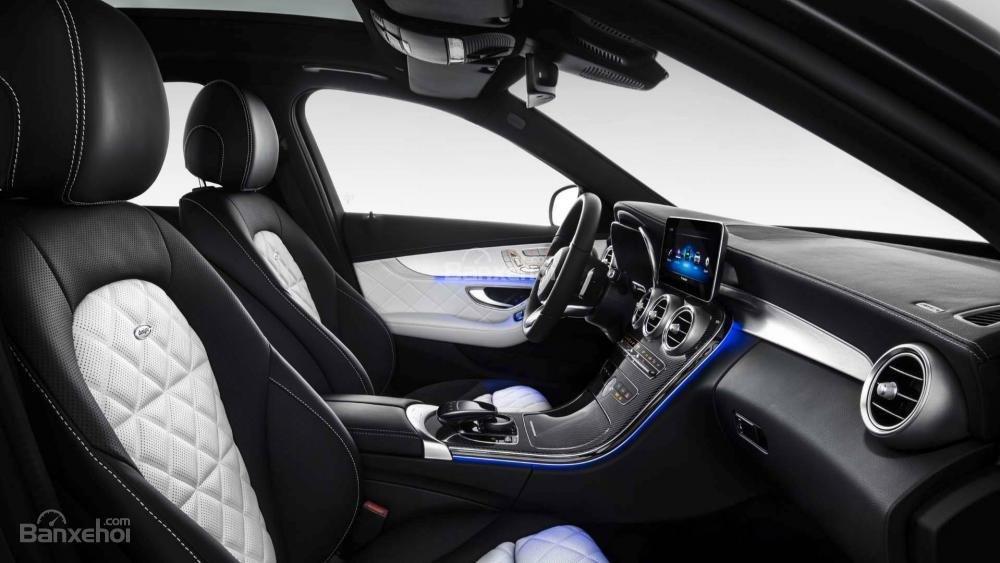 Đánh giá xe Mercedes-Benz C-Class 2019 về hệ thống ghế ngồi..