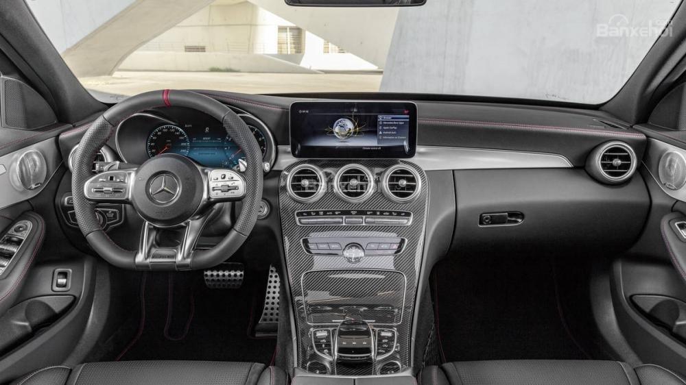 Khoang nội thất Mercedes-Benz C-Class 2019 nâng cấp .
