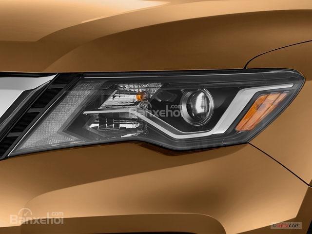 Đánh giá xe Nissan Pathfinder 2018: Đèn trước hình bumerang z