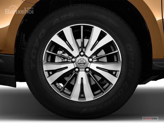 Đánh giá xe Nissan Pathfinder 2018: Mâm bánh 5 chấu z