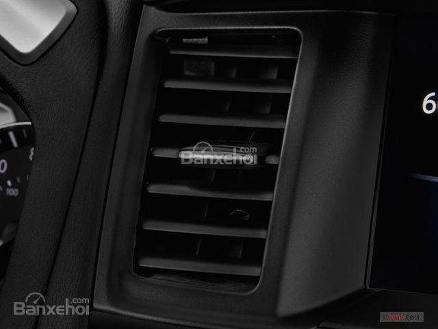 Đánh giá xe Nissan Pathfinder 2018: Nhiều trang bị tiện nghi hiện đại 4a