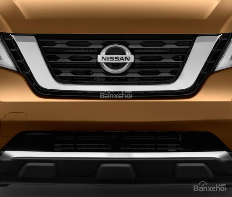 Đánh giá xe Nissan Pathfinder 2018: Lưới tản nhiệt V-Motion z