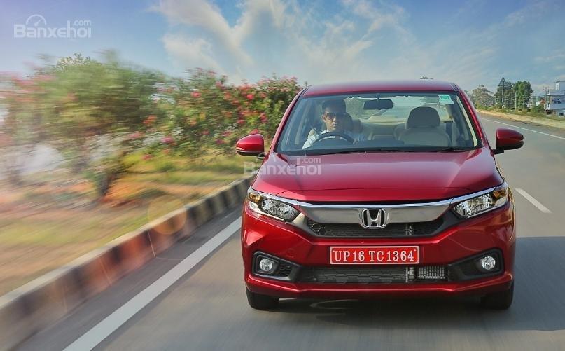 Giới thiệu xe Honda Amaze 2018 z