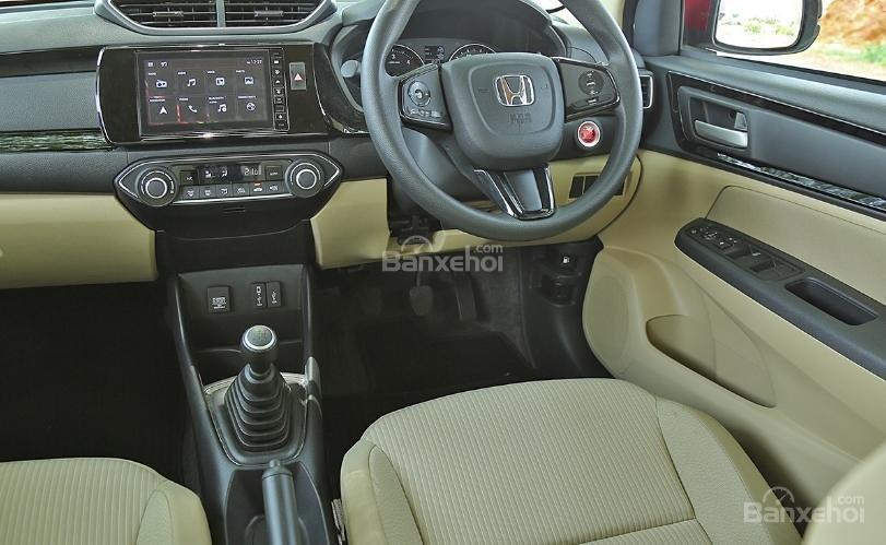 Đánh giá xe Honda Amaze 2018 về trang bị tiện nghi z