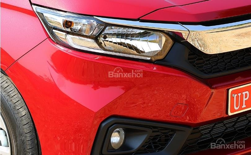 Đánh giá xe Honda Amaze 2018: Đèn pha guidelamp LED z
