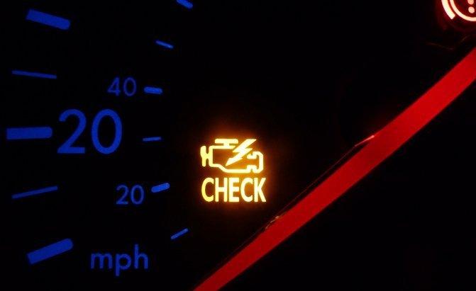 5 lỗi liên quan đến động cơ khiến đèn check-engine báo sáng 2