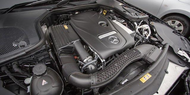 Đánh giá xe Mercedes-Benz E200 2018 về động cơ.