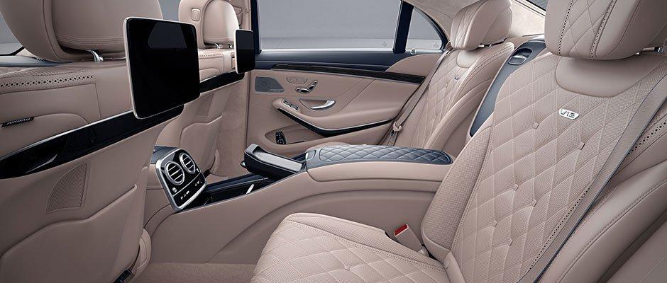 Đánh giá xe Mercedes-Benz S 450L 2018 về hàng ghế sau a1