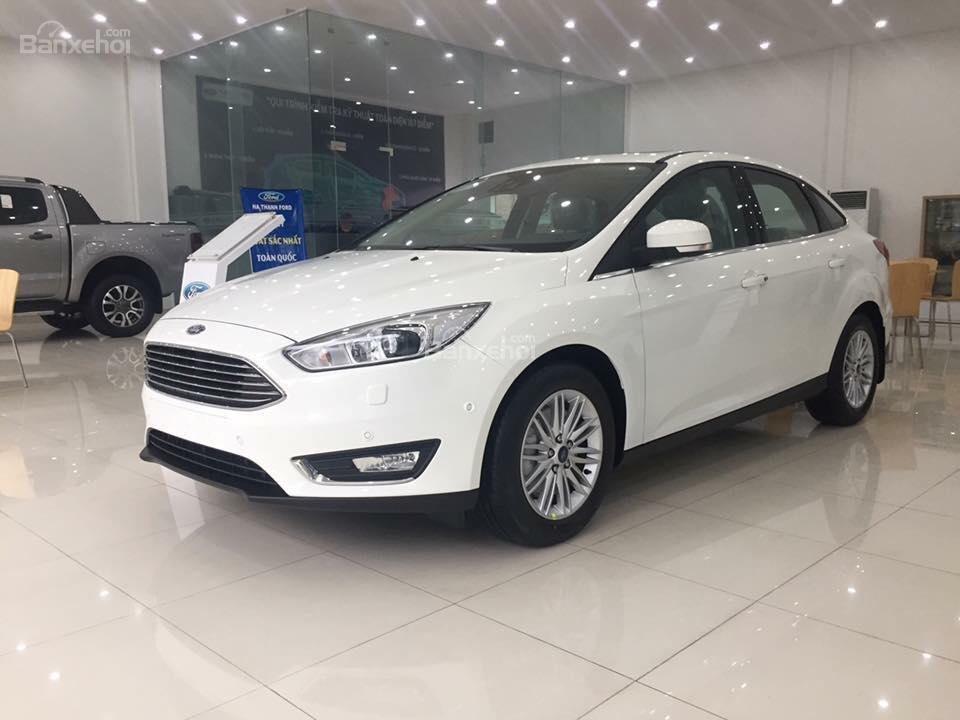 Bán Ford Focus Trend màu trắng, 570 triệu, hay combo PK chính hãng: Ghế da, DVD, BHVC, 3M, LH Mr. Quyết 0979 572 297 (7)