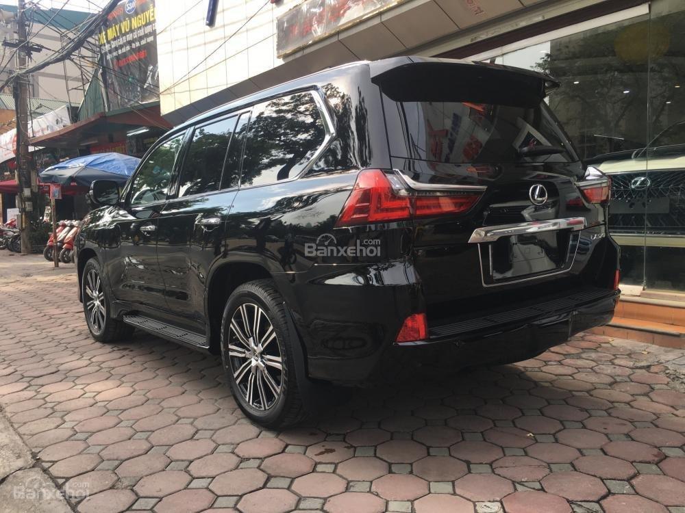 Bán ô tô Lexus LX 570 sản xuất năm 2018, màu đen, nhập khẩu Mỹ nguyên chiếc-3