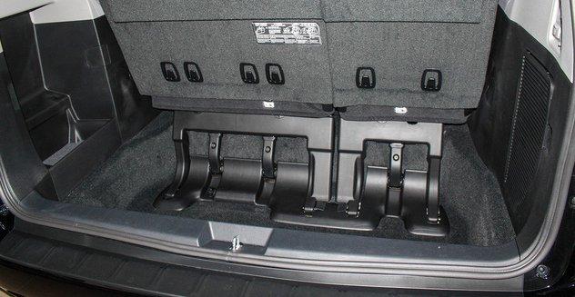 Mẫu MPV Toyota Sienna Limited 2018 vừa cập bến Việt Nam có giá 4 tỷ đồng - Ảnh 14.