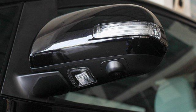 Mẫu MPV Toyota Sienna Limited 2018 vừa cập bến Việt Nam có giá 4 tỷ đồng - Ảnh 5.