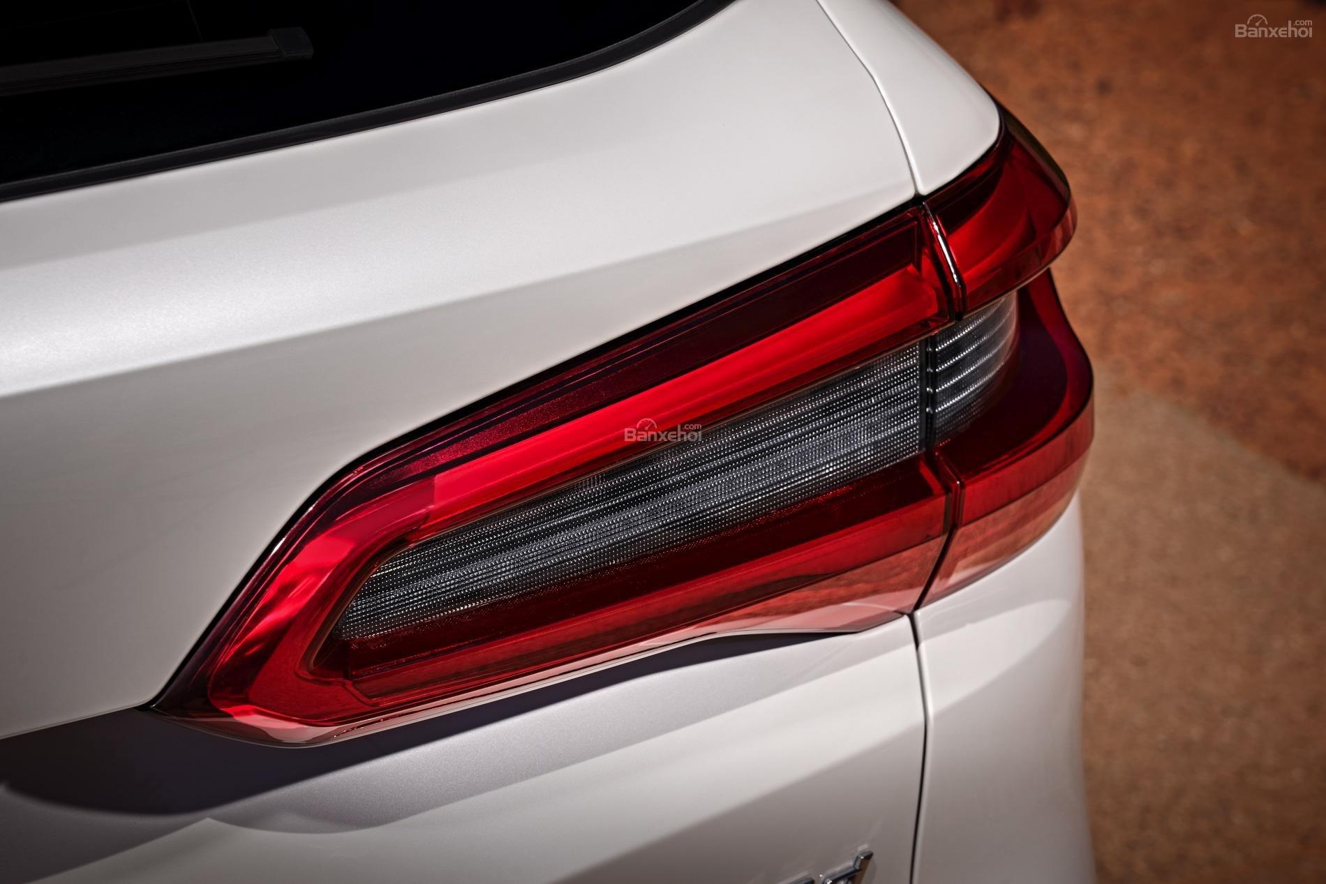 Đánh giá xe BMW X5 2019: Đèn hậu mảnh hơn hình chữ L z