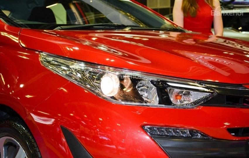 Toyota Vios 2018 sắp bán tại Việt Nam khác gì phiên bản hiện hành về thiết kế - Ảnh 4.