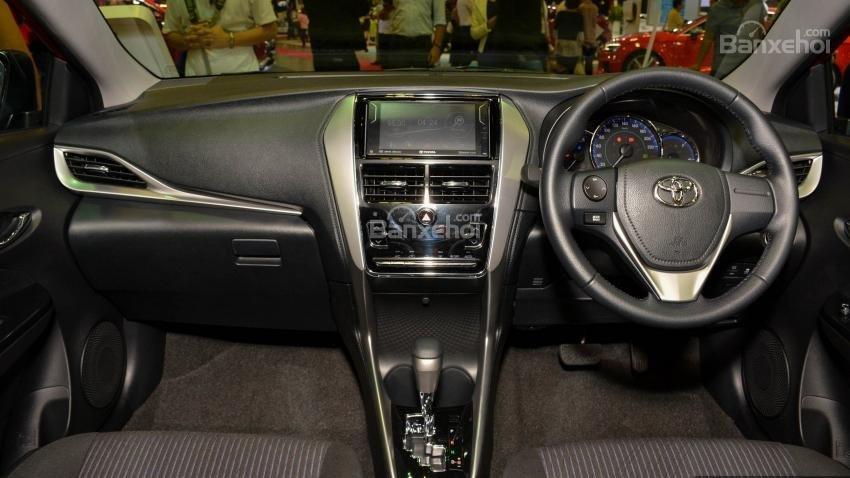 Toyota Vios 2018 sắp bán tại Việt Nam khác gì phiên bản hiện hành về thiết kế - Ảnh 20.