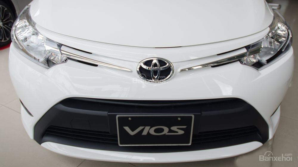 Toyota Vios 2018 sắp bán tại Việt Nam khác gì phiên bản hiện hành về thiết kế - Ảnh 3.