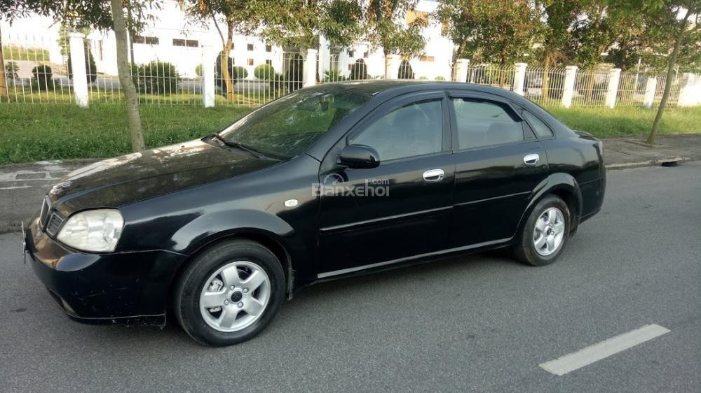 Bán ô tô Daewoo Lacetti 2004 màu đen 5 chỗ, biển Thanh Hóa, xe chất giá rẻ (2)