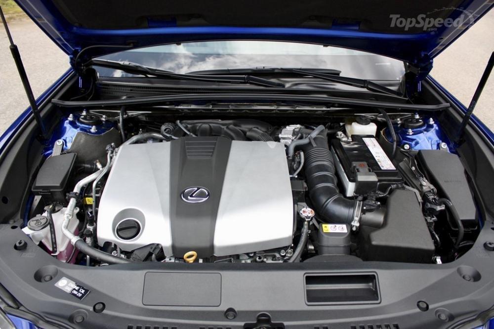 Lexus ES 2019 phiên bản thể thao có thêm hệ thống treo tự thích ứng với AVS