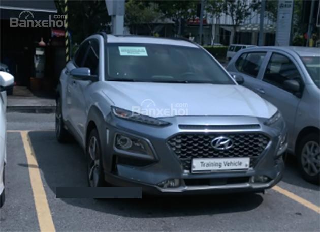 Hyundai Santa Fe, Kona, Veloster mới bị bắt gặp chạy thử tại Malaysia - Ảnh 2.
