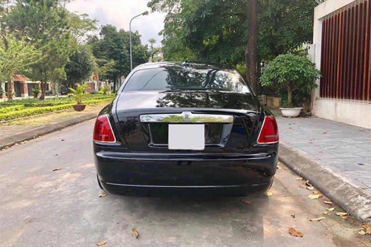 Rolls-Royce Ghost dùng 7 năm thét giá 11 tỷ 6