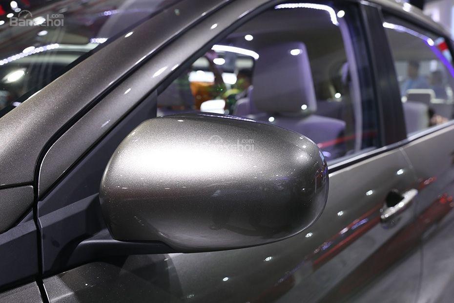 Đánh giá xe Suzuki Ertiga 2018: Gương chiếu hậu.