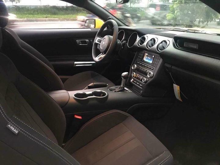 Ford Mustang giá hơn 2 tỷ đồng, chỉ có duy nhất 2 chiếc tại Việt Nam - Ảnh 4.