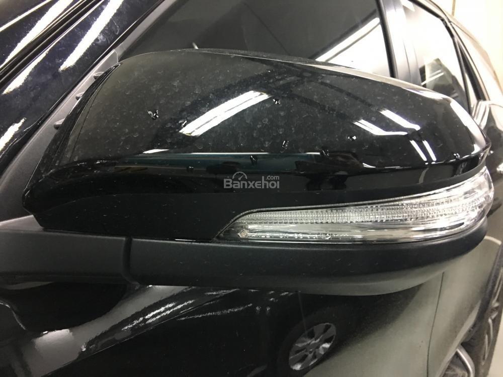 Đánh giá xe Toyota Fortuner 2018 máy dầu số sàn: Gương chiếu hậu chỉnh gập điện,,