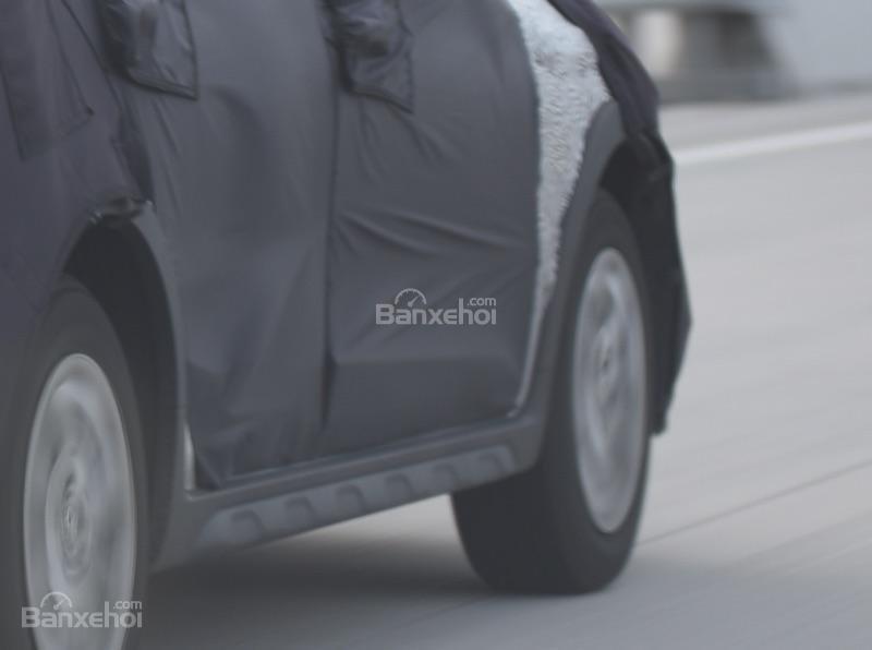 Hyundai i20 Active  facelift mới bị bắt gặp tại Hàn Quốc - Ảnh 2.