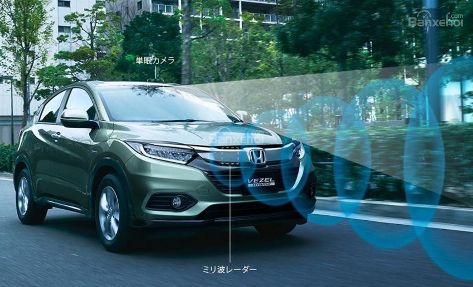 Đánh giá xe Honda HR-V 2018: Phiên bản tại Nhật có bộ trang bị Honda Sensing z