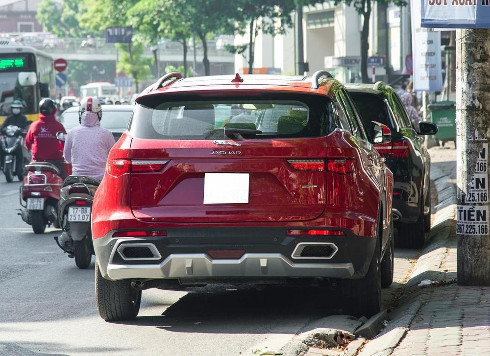 Mẫu xe Trung Quốc bán chạy hàng đầu Việt Nam Zotye Z8 nhái hàng loạt xe sang - Ảnh 2.