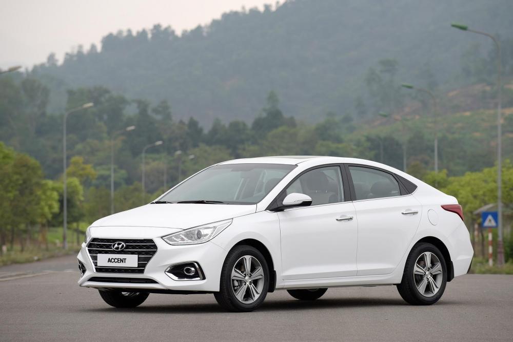 So sánh xe Hyundai Accent 1.4 AT 2018 hay Kia Cerato SMT 2018 10.