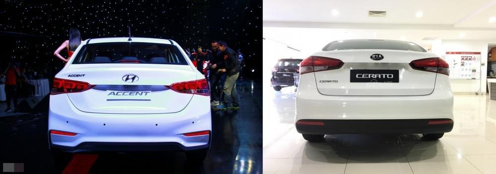 So sánh xe Hyundai Accent 1.4 AT 2018 hay Kia Cerato SMT 2018 về đuôi xe.