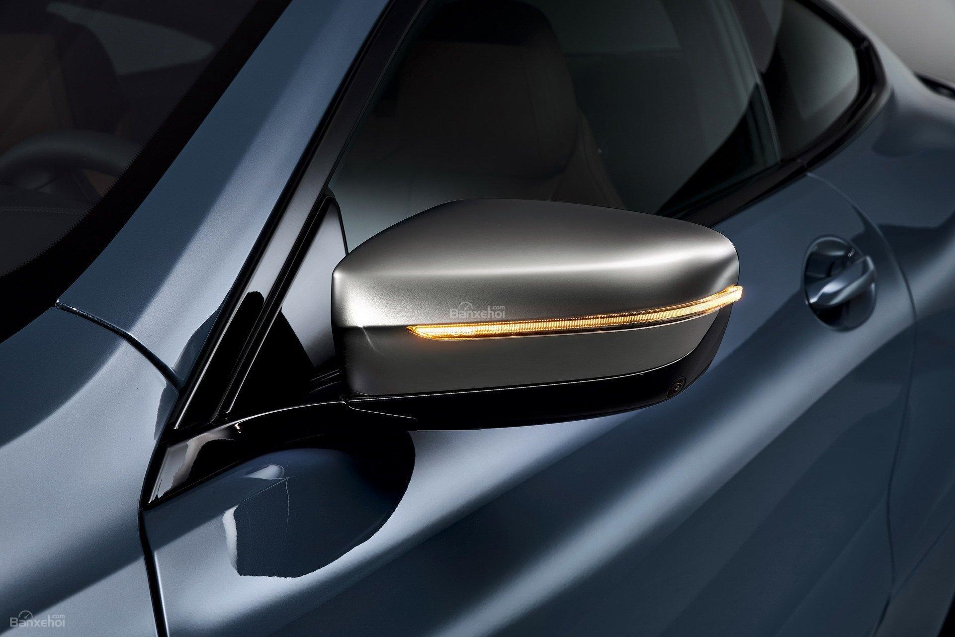 Đánh giá xe BMW 8-Series 2019: Gương hậu tích hợp đèn xi-nhan z