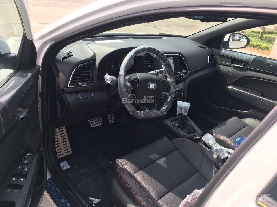Bán Hyundai Elantra Sport 1.6 Turbo sản xuất 2019 đủ màu giao ngay 700 triệu + KM 15 triệu - LH: 0919929923-8