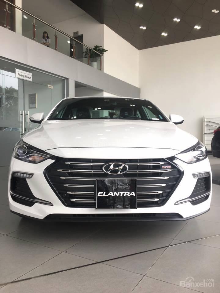 Bán Hyundai Elantra Sport 1.6 Turbo sản xuất 2019 đủ màu giao ngay 700 triệu + KM 15 triệu - LH: 0919929923-5