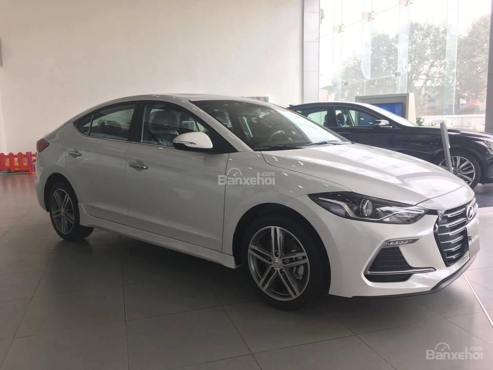Bán Hyundai Elantra Sport 1.6 Turbo sản xuất 2019 đủ màu giao ngay 700 triệu + KM 15 triệu - LH: 0919929923-0