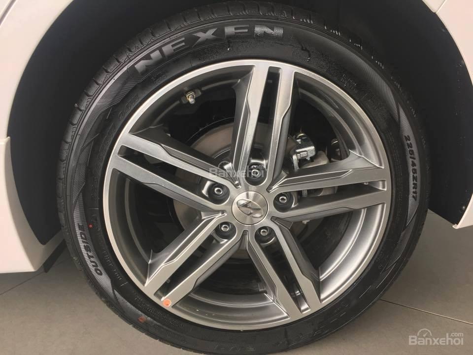 Bán Hyundai Elantra Sport 1.6 Turbo sản xuất 2019 đủ màu giao ngay 700 triệu + KM 15 triệu - LH: 0919929923-7