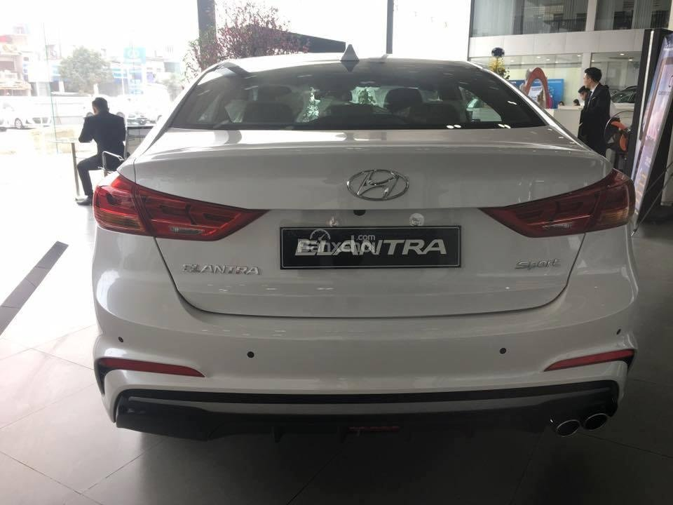 Bán Hyundai Elantra Sport 1.6 Turbo sản xuất 2019 đủ màu giao ngay 700 triệu + KM 15 triệu - LH: 0919929923-6
